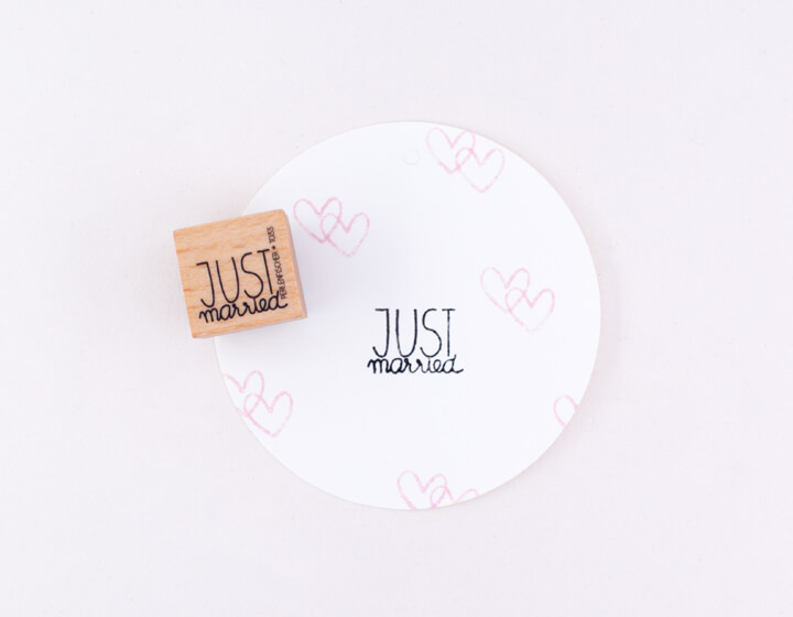 Stamp | Just Married Lettering B